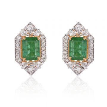 Emerald Gemstone HI/SI Diamond Stud Earrings 18 Kt Yellow Gold Jewelry